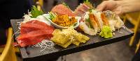 Assorted fresh sashimi in Tokyo | Felipe Romero Beltran
