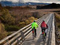 Crossing bridge on Otago Rail Trail |  <i>Colin Monteath</i>